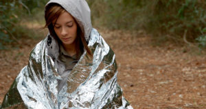 5 Survival Blankets To Keep You Warm Even In The Most Frigid Temps