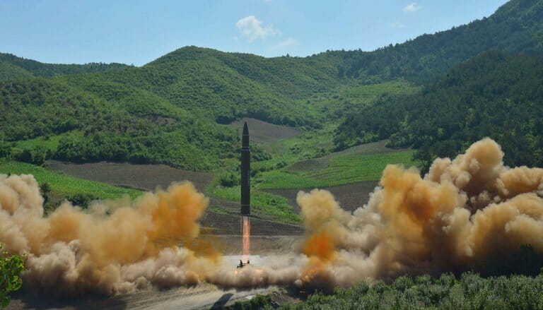 Uh-Oh: North Korea Nuke-Missile Program AHEAD Of Schedule; Could Strike U.S. Cities Next Year; 'Alarming Progress'