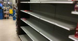 300,000 Without Power In South, Grocery Shelves Empty