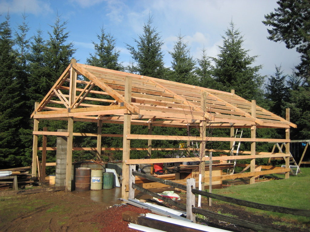 4 diy outbuildings for your off grid home off the grid news for Pole barn framing plans