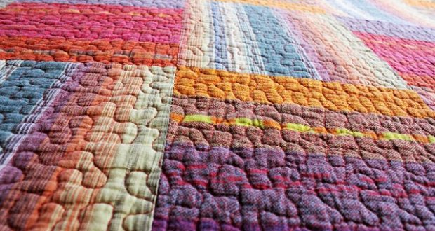 DIY Warm Winter Blankets Anyone Can Make