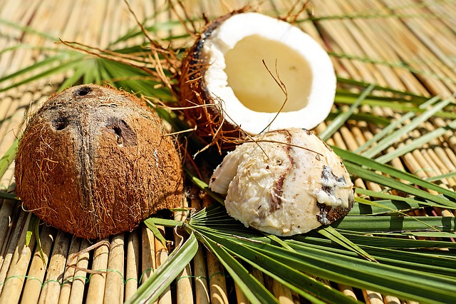 Coconut Oil can be used to make all-natural homemade products for your everyday use.