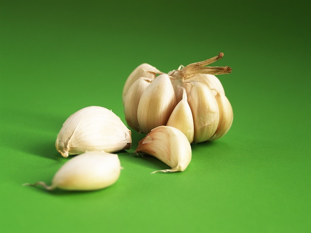 You're Consuming Garlic All Wrong. (Ferment It! Here's How.)