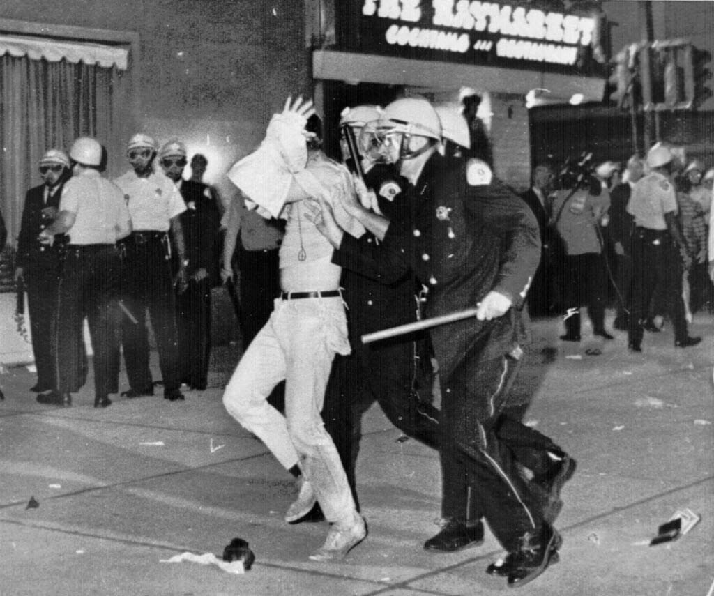 America S Police News: America 'Descending Into Chaos' Similar To 1968, Respected