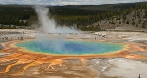 Uh Oh: Yellowstone Super Volcano Has Experienced 464 Earthquakes The Past Week