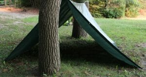 Four Super-Fast Survival Shelters When Life Leaves You Stranded